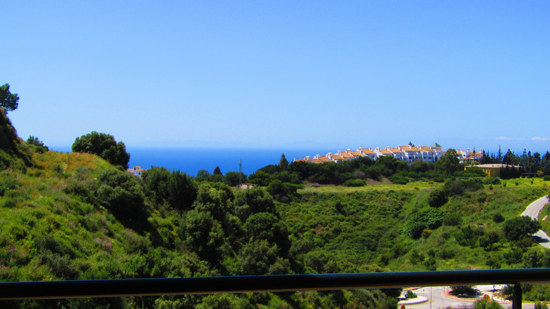 Marbella Banus Apartamento Planta Media en venta, Calahonda – R3632108