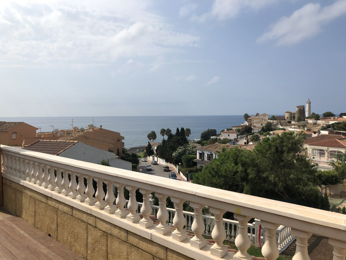 R3529636: House - Detached Villa in El Faro