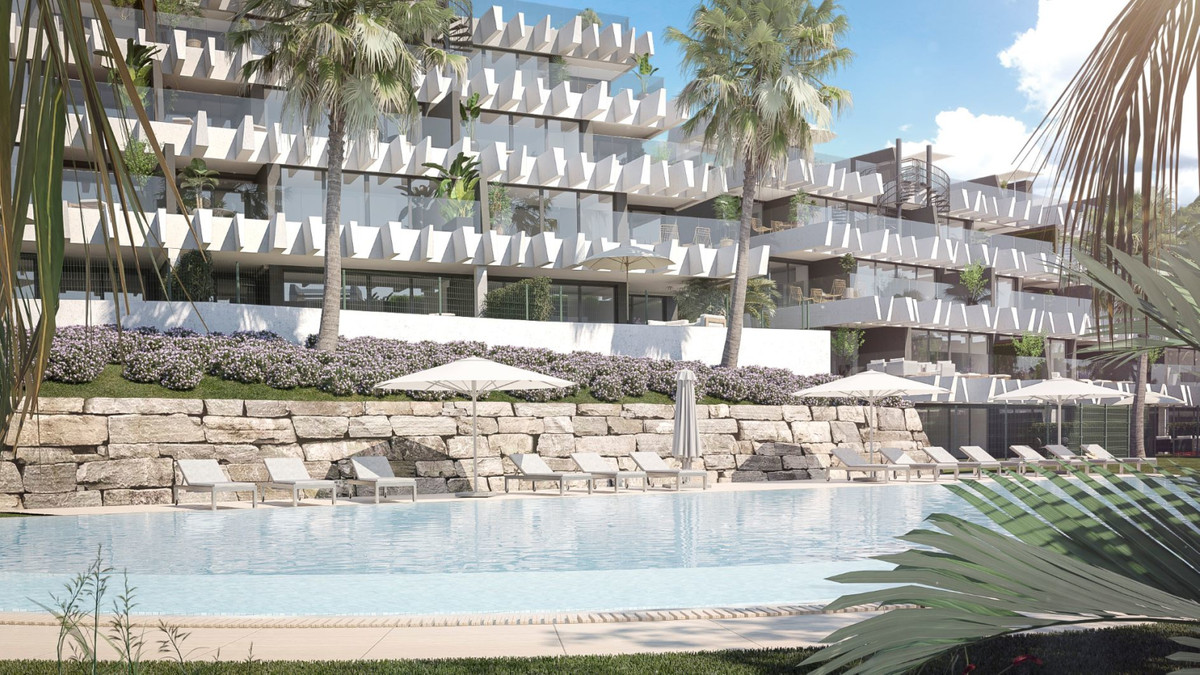 R3536728: Apartment - Middle Floor Apartment in Estepona