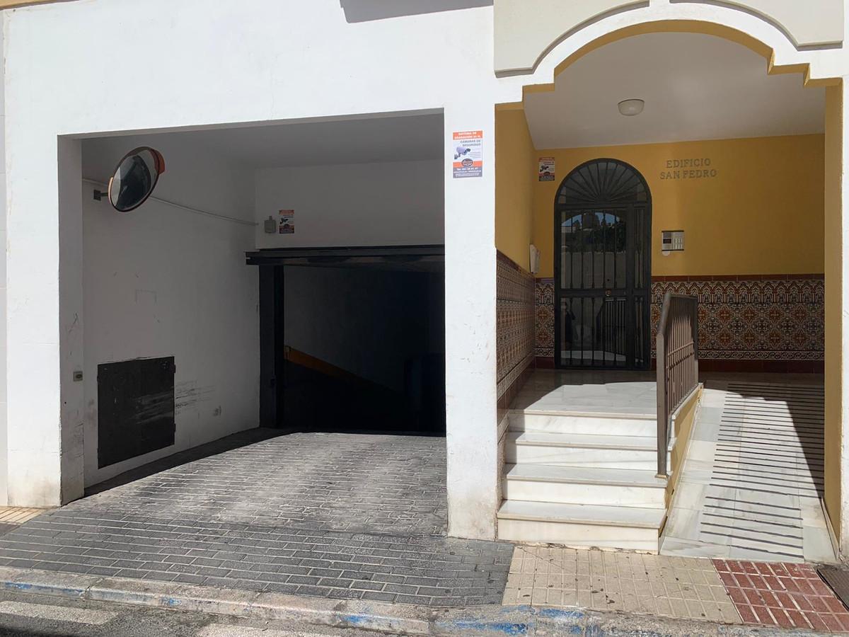 Aparcamiento a la venta en San Pedro de Alcántara