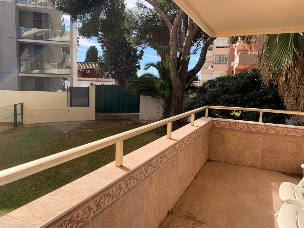 Edif Puerto Sol! Great 3 bedroom apartment just 10 minute's walk from Benalmadena Marina and th,Spain