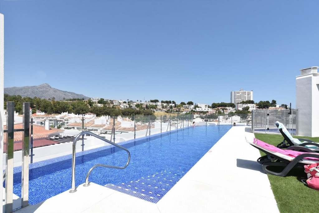 Ground Floor Apartment for sale in Marbella R3623027