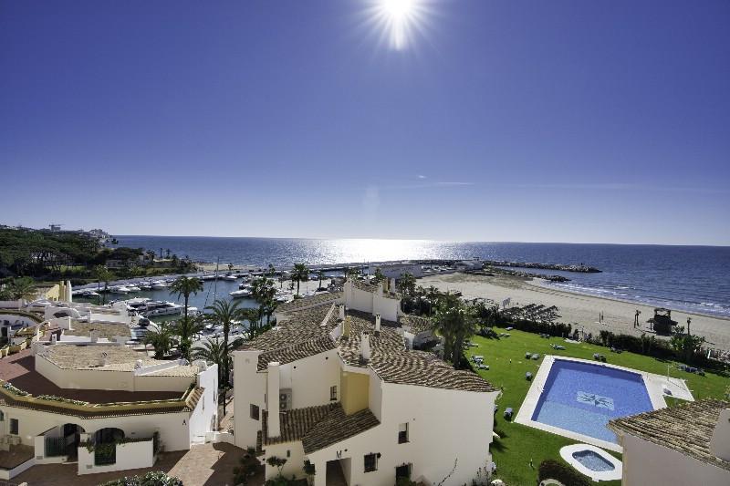 Marbella East 9