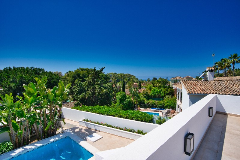Renovation in progress!! This luxurious 3 bedroom villa is located in Carib Playa, one of the most s,Spain