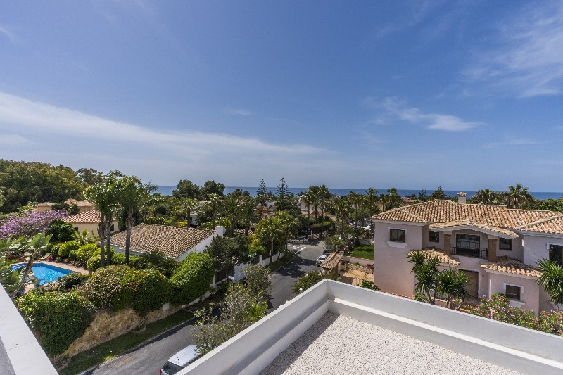New to the market. Completely renovated 7 bedroom  beachside villa within easy walking distance to 5, Spain