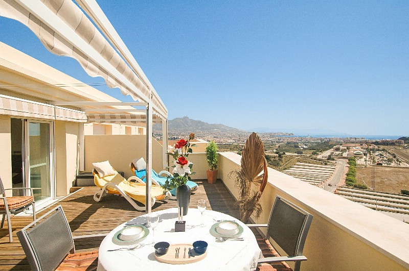 Lovely top floor holiday apartment with large terrace, 2 bedrooms, 1 bathroom, pool and sea view for, Spain