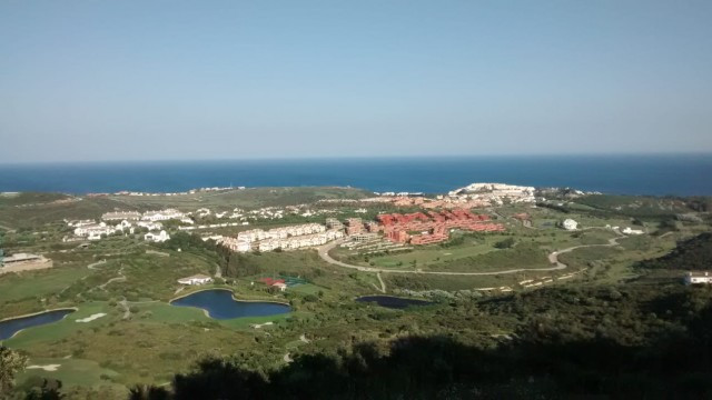 Fantastic Penthouse with the best orientation looking over the exclusive Finca Cortesin Golf course , Spain