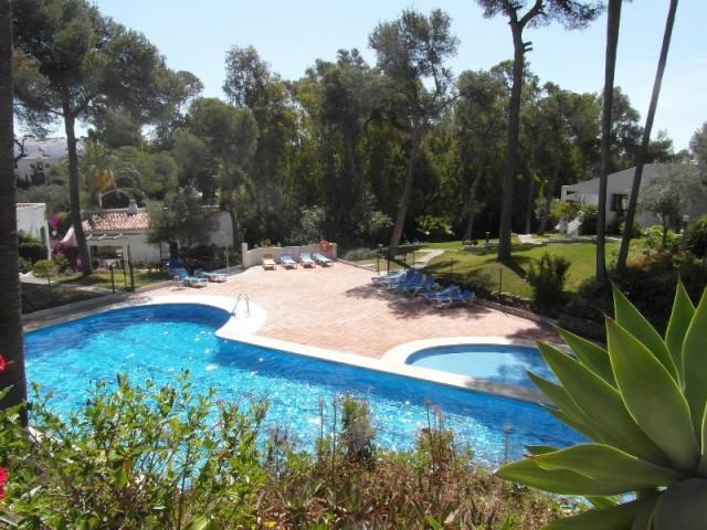 Villa Pareada 2 Dormitorio(s) en Venta Calahonda
