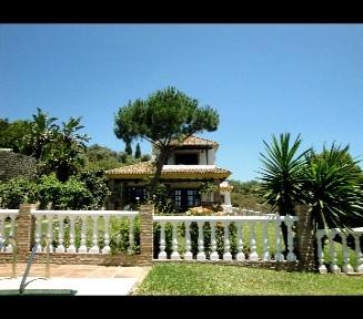 Marbella Banus Villa – Chalet en Venta en Elviria – R2005664