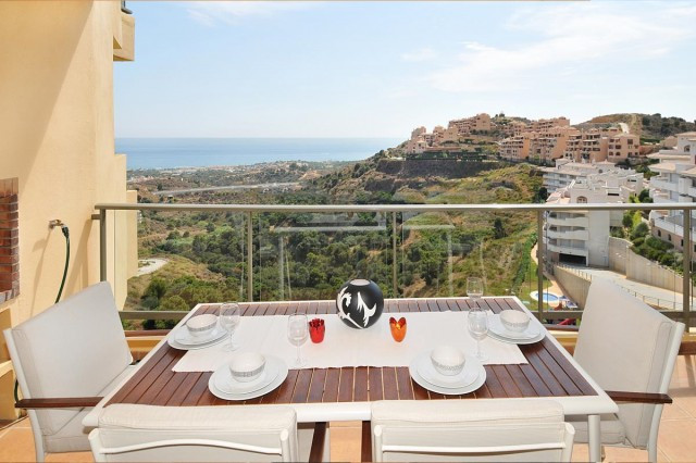 Thanks to its location high up the hills of Calahonda the apartment offers a wonderful view to the s, Spain