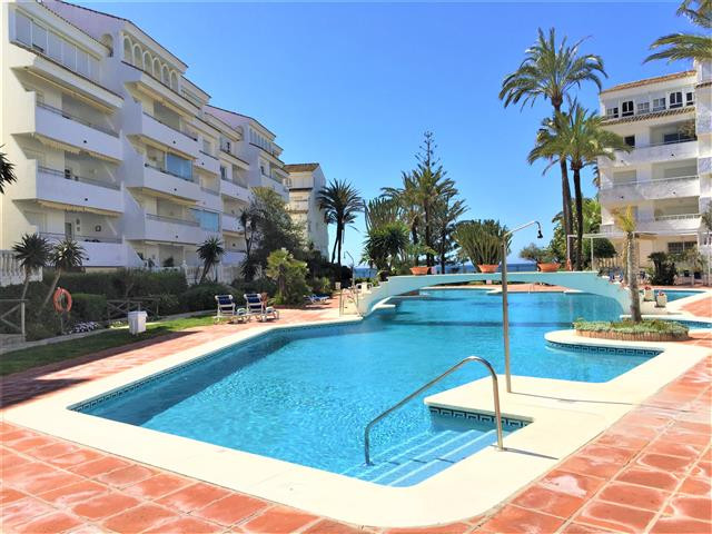 3 bed apartment in frontline beach complex in Heritage Resorts Club Playa Real, close to everything ,Spain