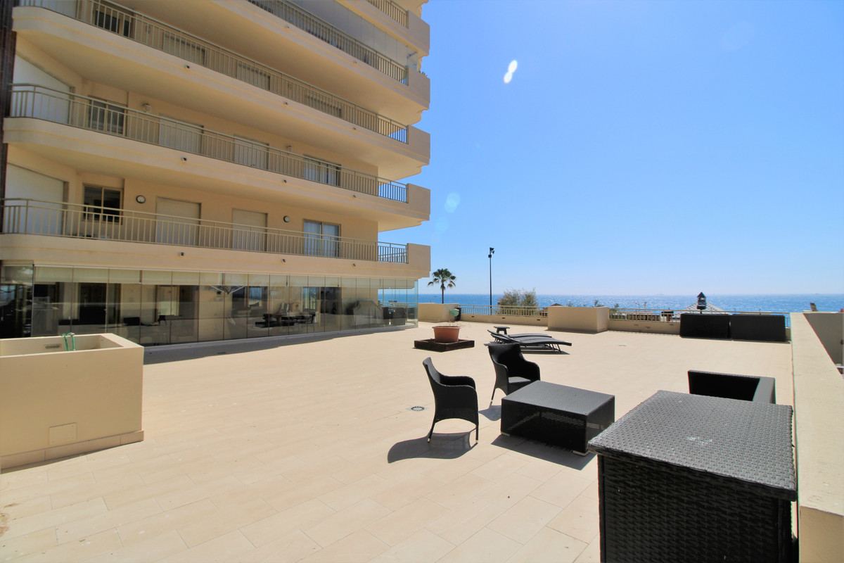 Middle Floor Apartment for sale in Fuengirola