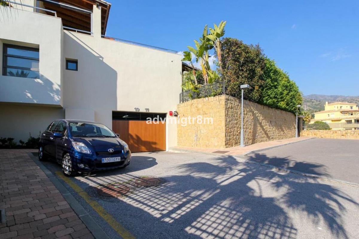 House en Sierra Blanca R3517561 32