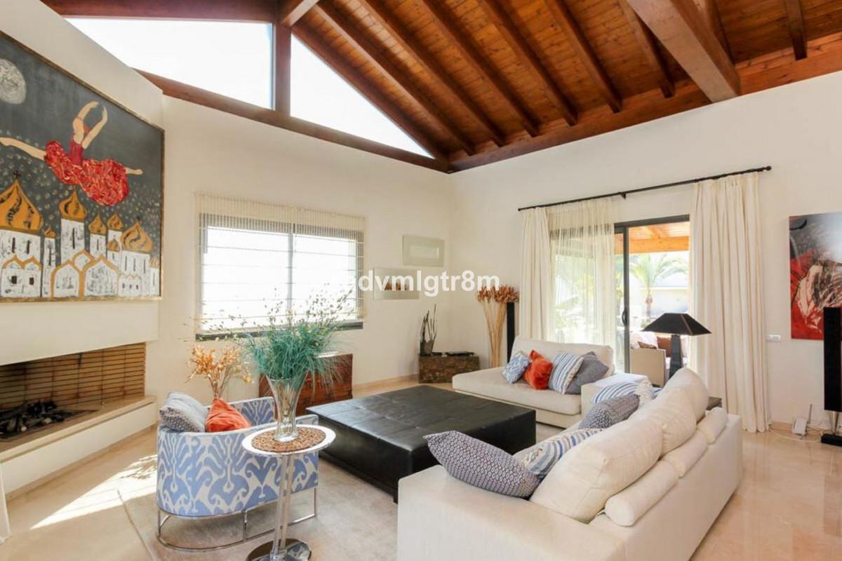 House en Sierra Blanca R3517561 39