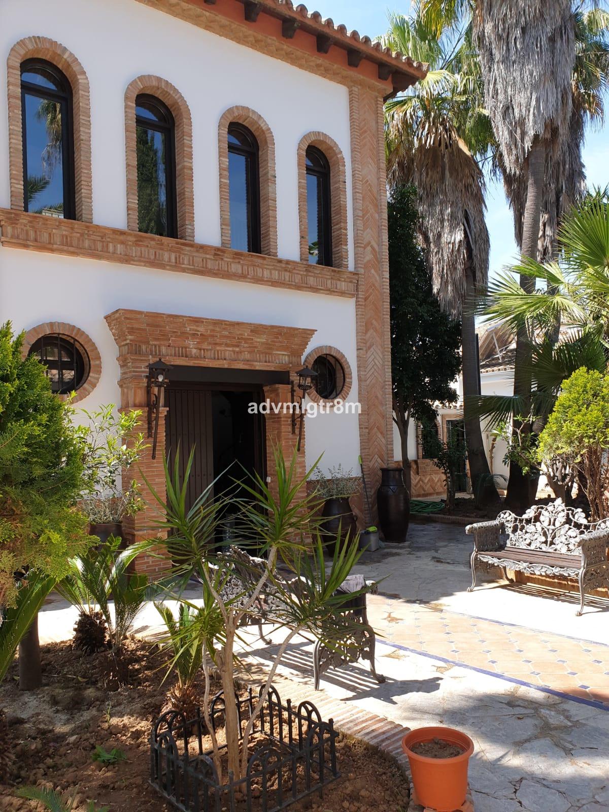 Marbella Banus Villa – Chalet en Venta en Marbella – R3473770