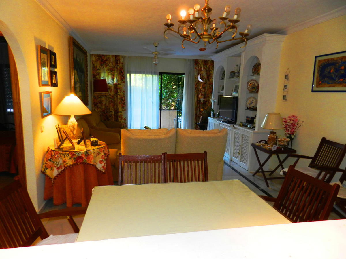Apartamento Planta Baja en Venta en Bel Air – R3614426