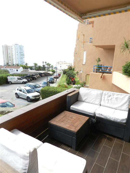 A few meters from the beach in the center of Torre Guadiario, Apartment with 2 bedrooms and 1 bathro, Spain