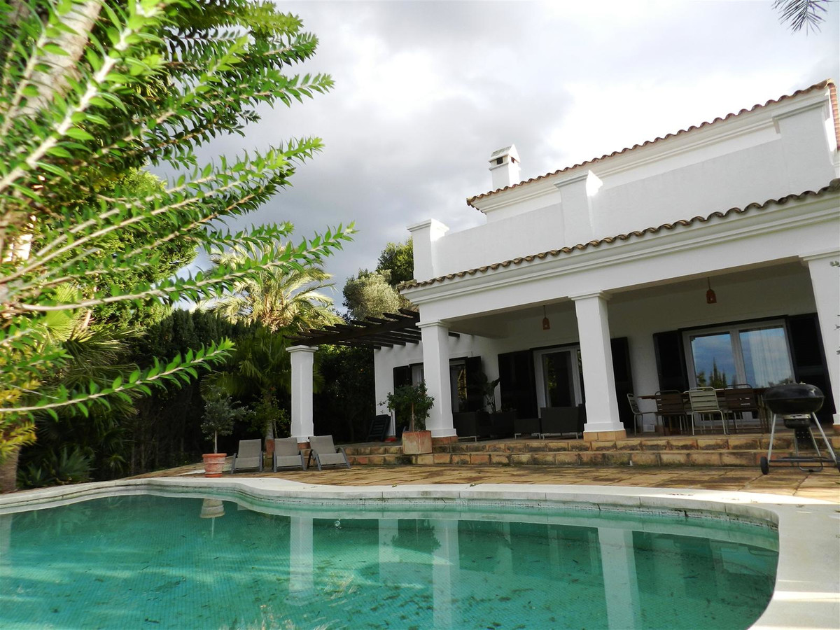 Detached Villa for sale in Sotogrande Alto