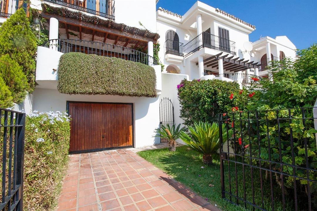 This stunning east facing townhouse is presented on a very high level consisting of three bedrooms, , Spain