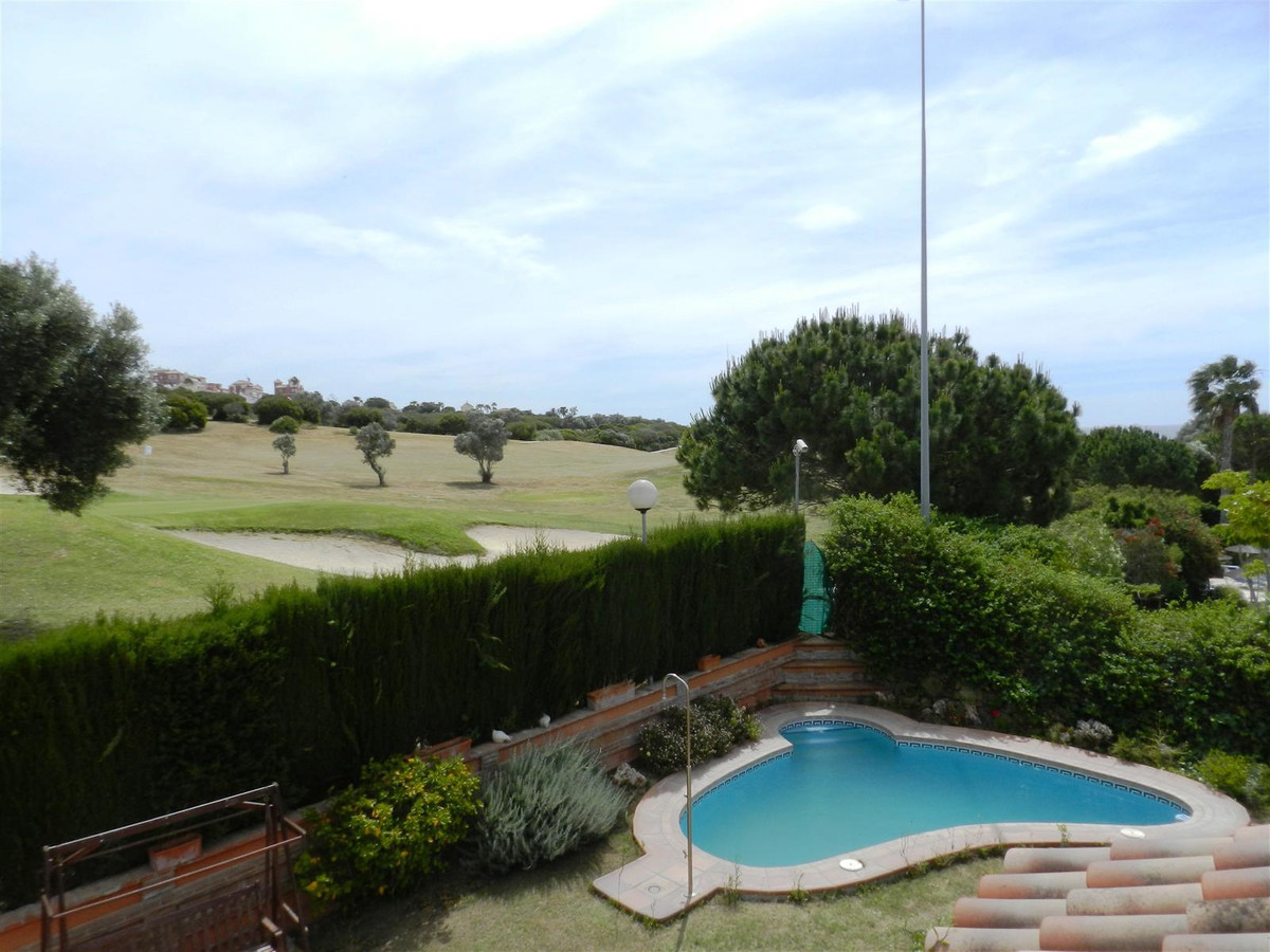 LUXURY 6 BEDROOM Villa ...  Fantastic opportunity to acquire this beautiful villa in the area of ??,Spain