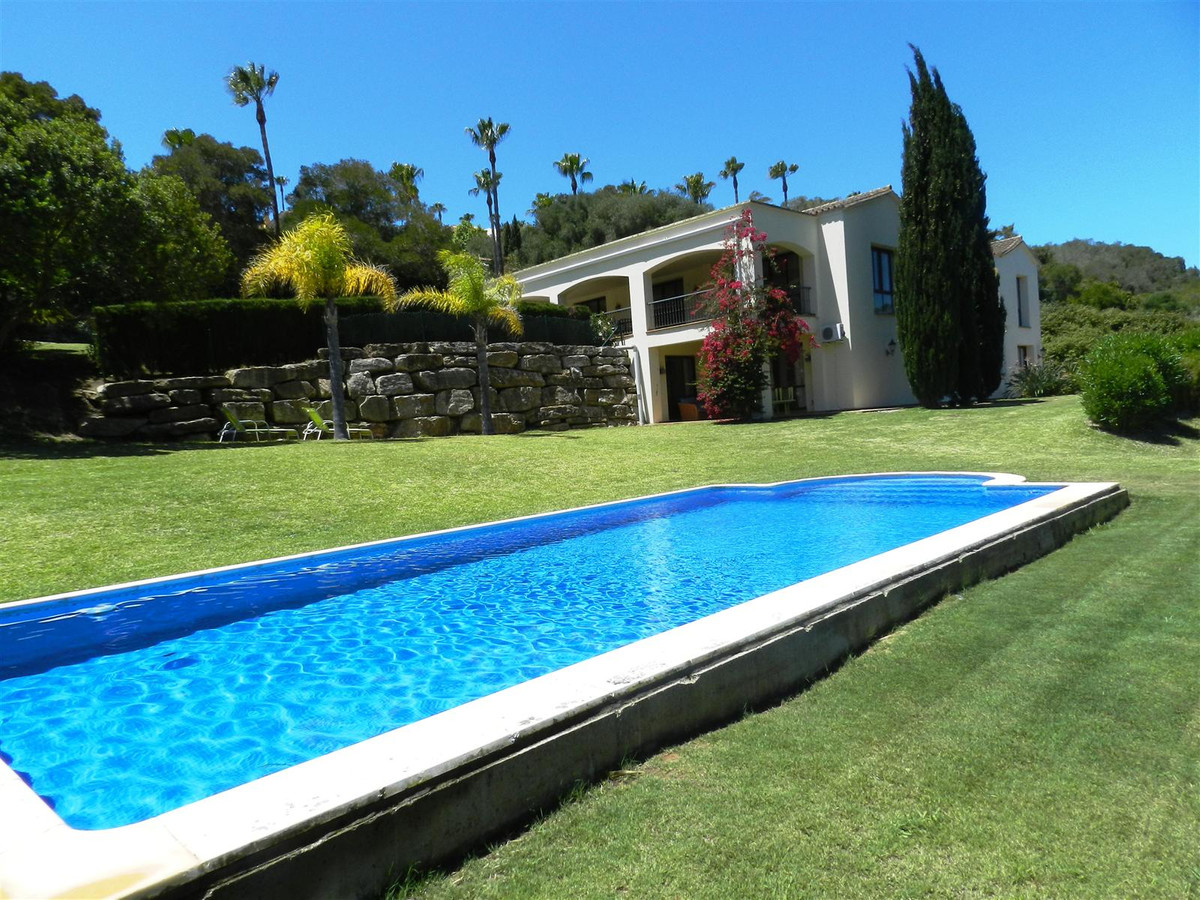 LUXURY 5 BEDROOMS Villa ...   Fantastic opportunity to acquire this beautiful private villa in the a, Spain