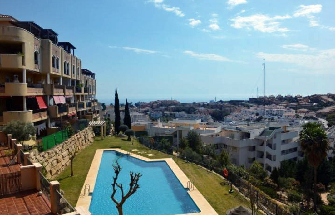 Great opportunity! Apartment with pool in Riviera, Mijas. Fantastic apartment with beautiful urbaniz,Spain