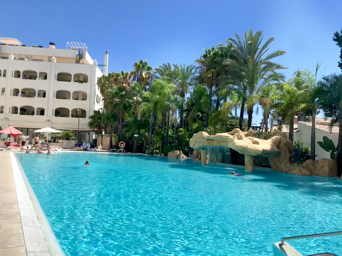 Apartment for Sale in one of the most emblematic areas of the Golden Mile Marbella, with elegant com, Spain