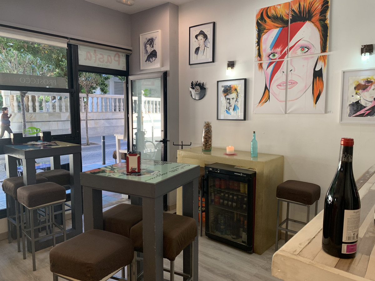 R3230314: Commercial for sale in Marbella