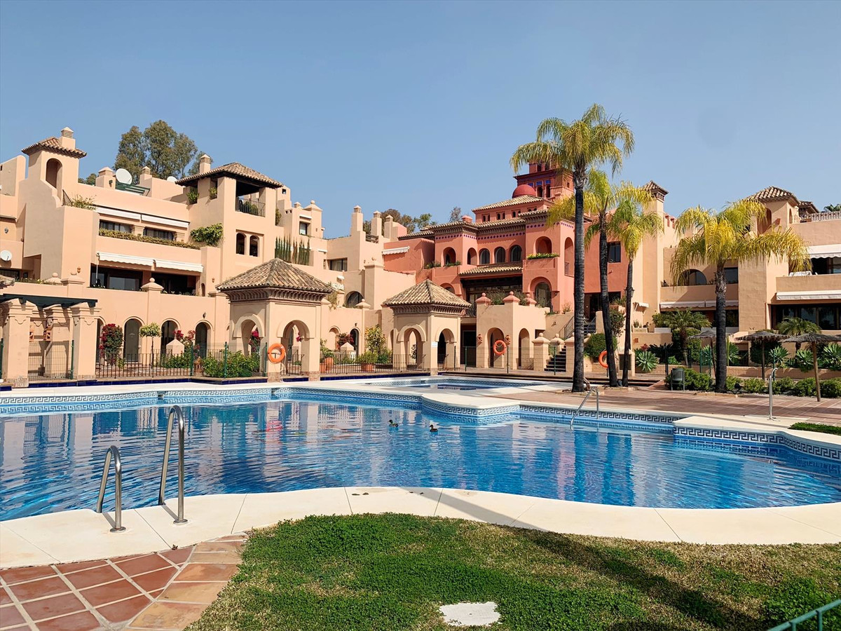 Large duplex penthouse with 3 bedrooms and 3 bathrooms in the gated community near Atalaya golf, Ben, Spain