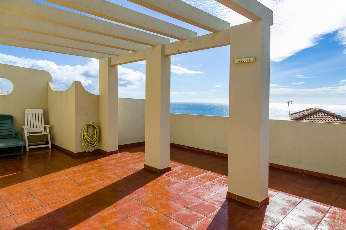 Penthouse, Torremuelle, Costa del Sol. 1 Bedroom, 1 Bathroom, Built 75 m².  Setting : Close To Sea. , Spain
