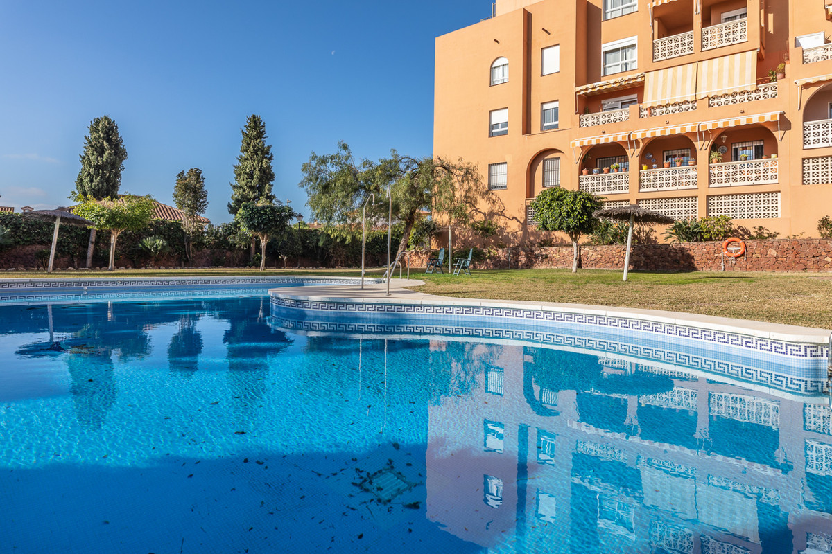 """CLICK THE ADDITIONAL LINK TO SEE THE 360 VIRTUAL TOUR If you are looking for a flat you can st, Spain"