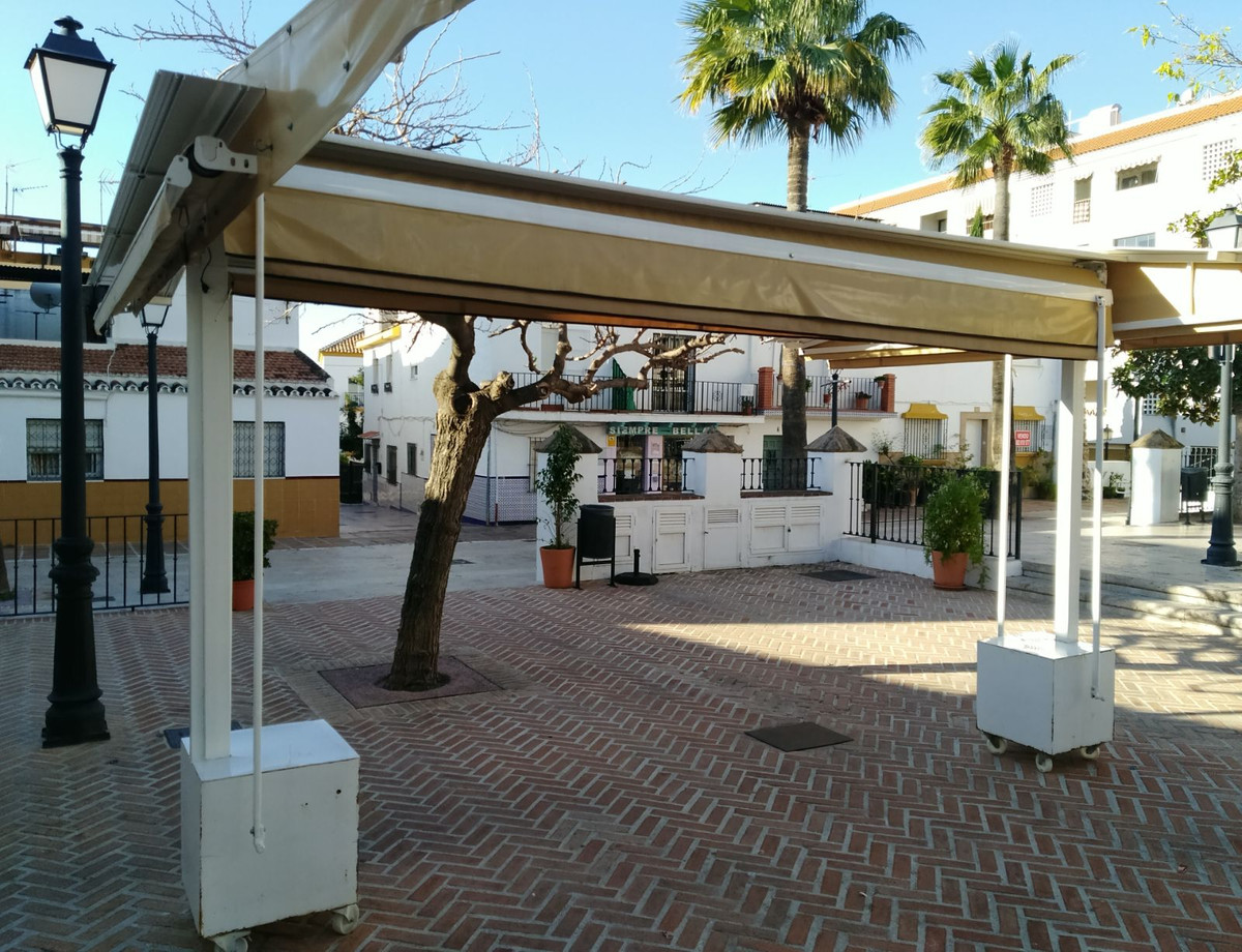 Restaurant, Arroyo de la Miel, Costa del Sol. Built 140 m².  Looking for where to invest in a busine Spain