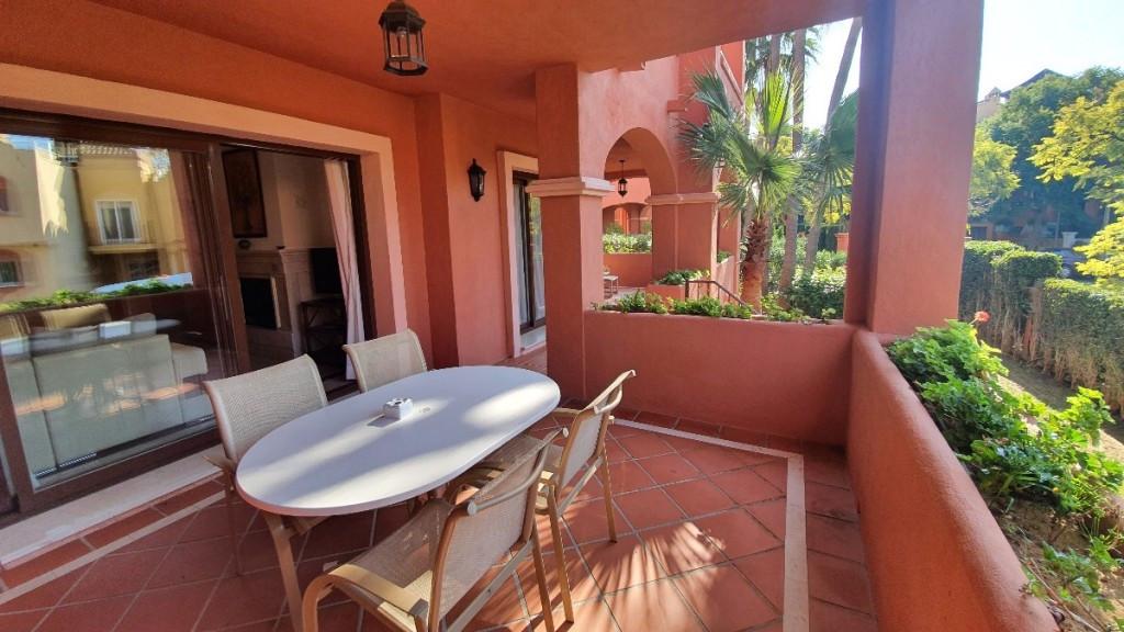Apartamento en Venta en Puerto Banús – R3771439