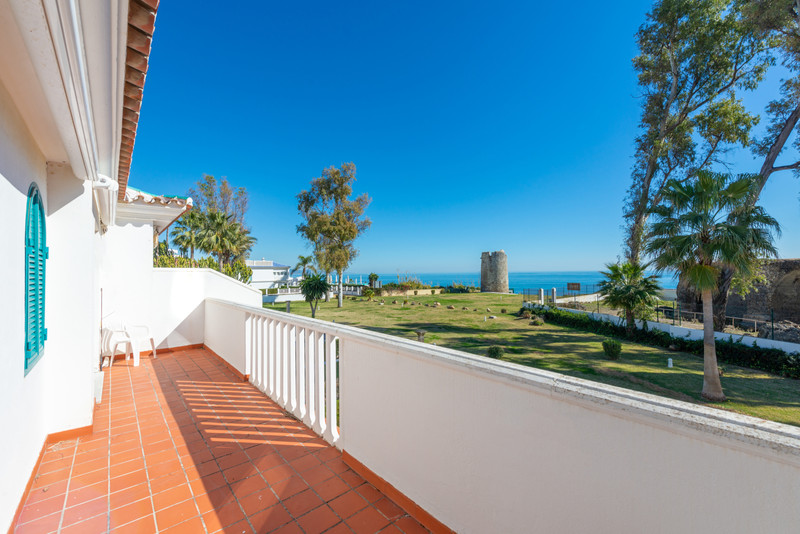 Townhouses for sale in Guadalmina 11
