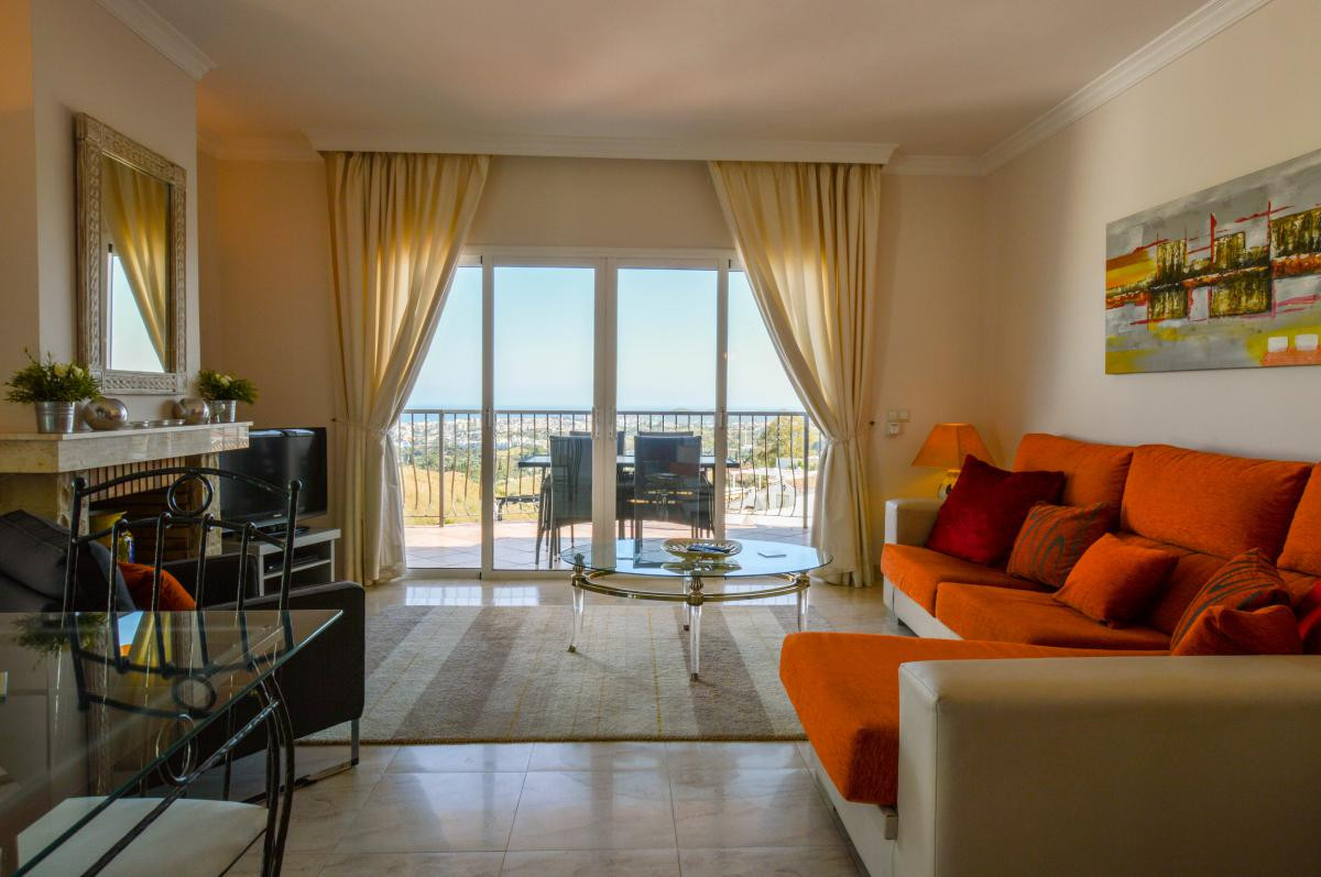 Middle Floor Apartment for sale in Mijas