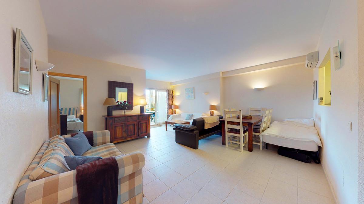 2 Bedroom Ground Floor Apartment For Sale Benalmadena