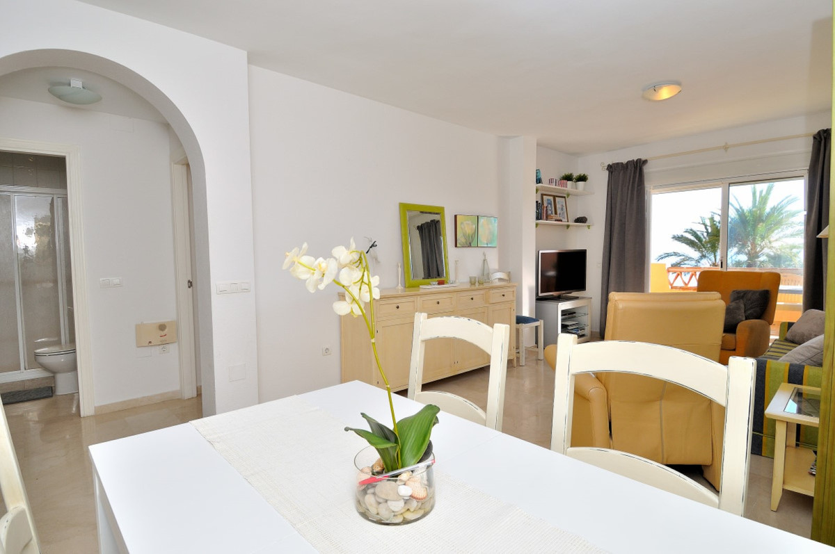 Middle Floor Apartment, El Faro, Costa del Sol. 2 Bedrooms, 2 Bathrooms, Built 96 m², Terrace 20 m²., Spain