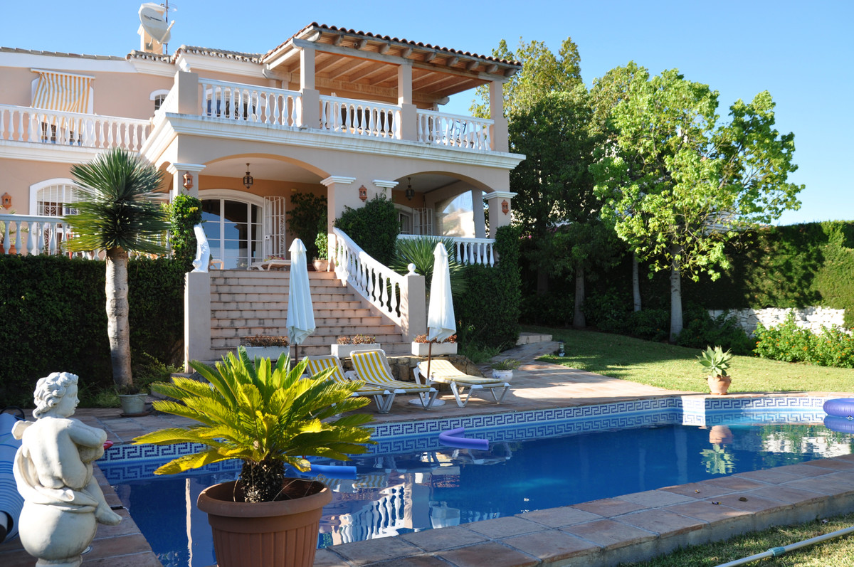 Villa for sale in Cortes Paraiso in Benahavis in golf location overlooking sea and golf  This beauti, Spain
