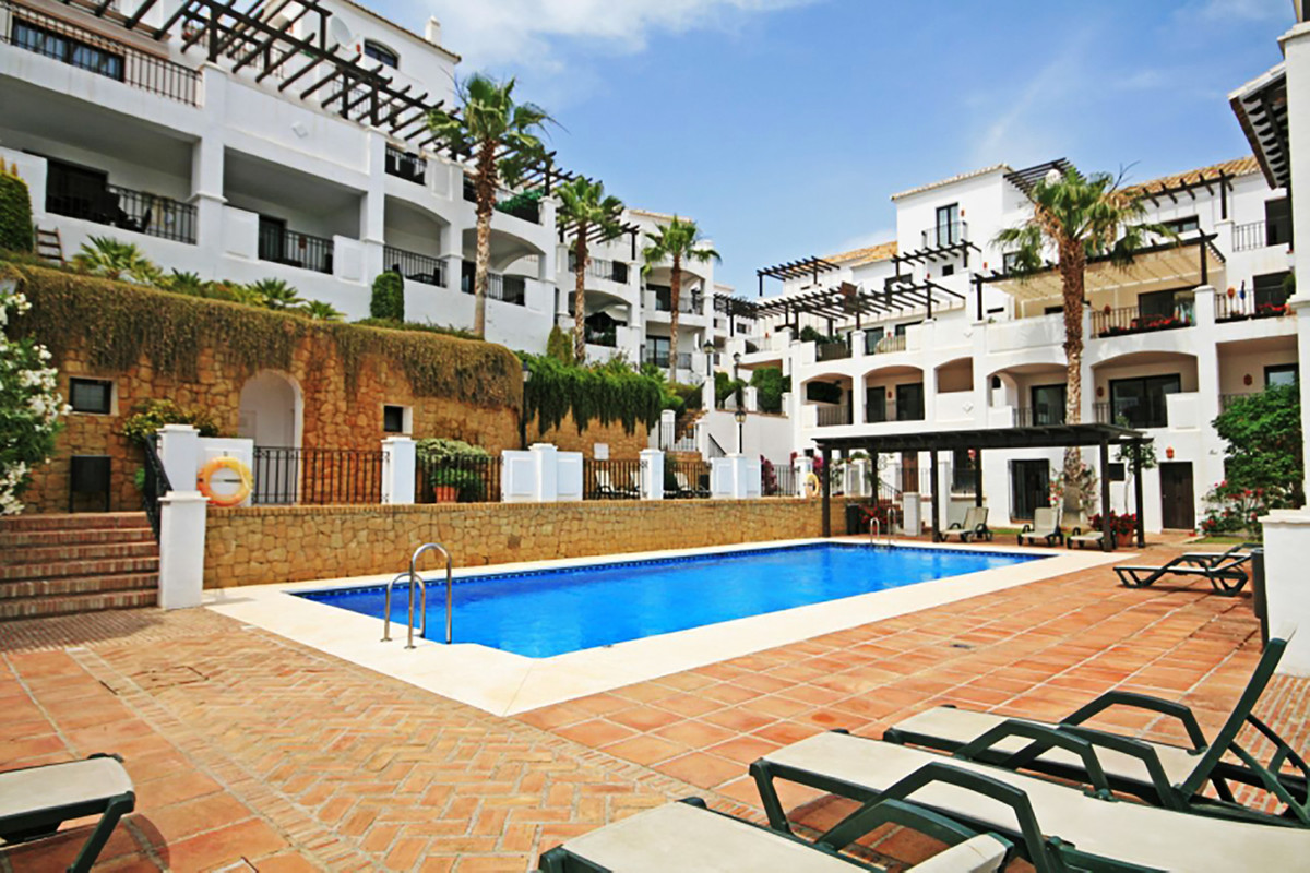 The approx. 120 m² flat was completely renovated in 2017. This beautiful duplex 3-room flat is locat,Spain