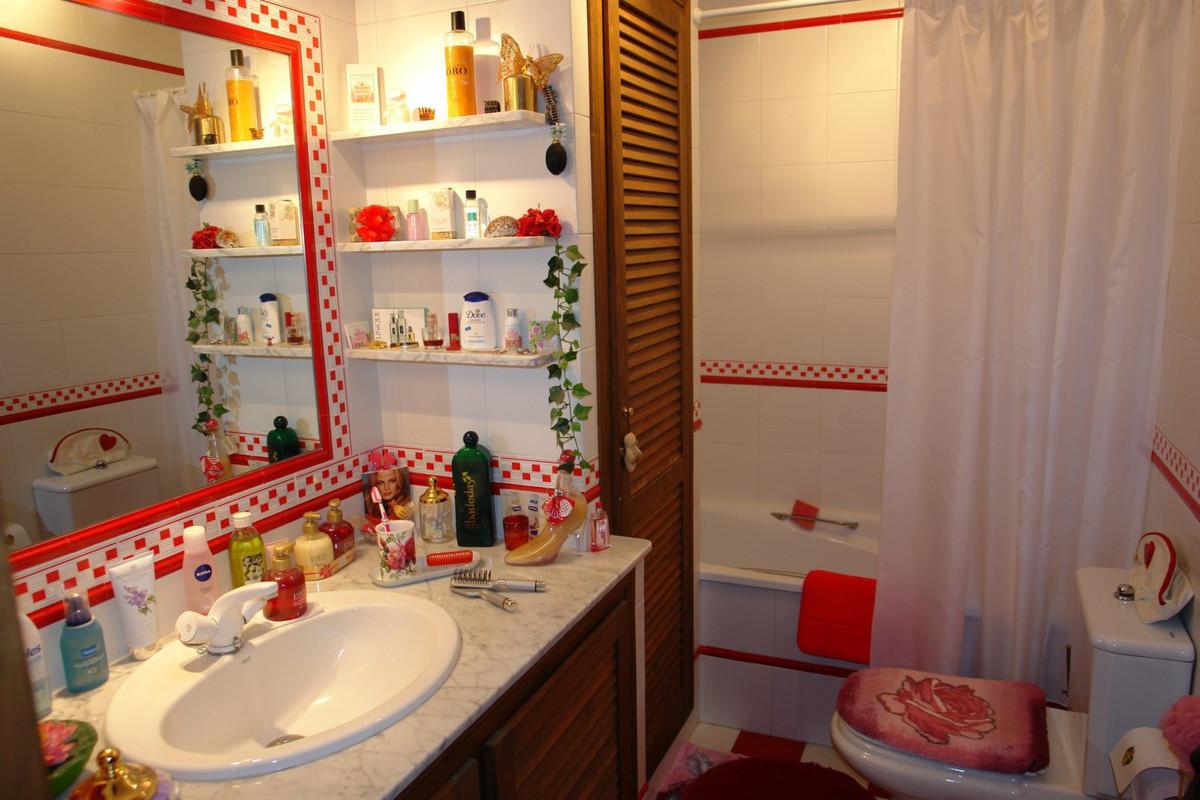Unifamiliar con 3 Dormitorios en Venta Benahavís