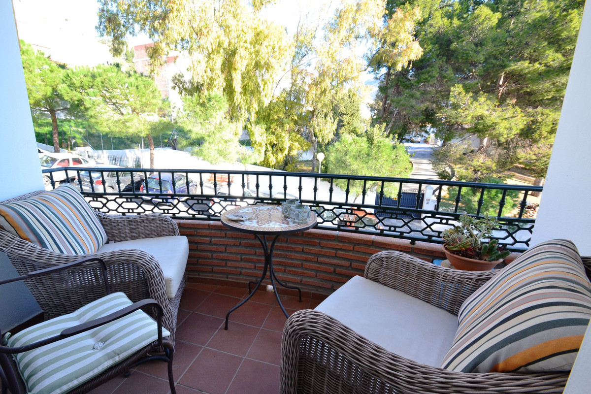 Splendid apartment with 4 rooms transformed into 3 in Benalmadena Pueblo. The apartment has 125 m bu, Spain