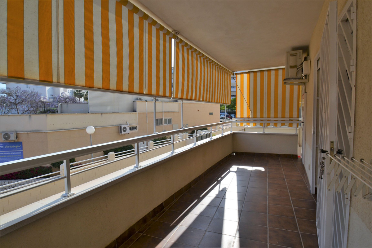 Charming 3 bedroom apartment in the Bellavista Urbanization, one of the most demanded from Benalmade, Spain