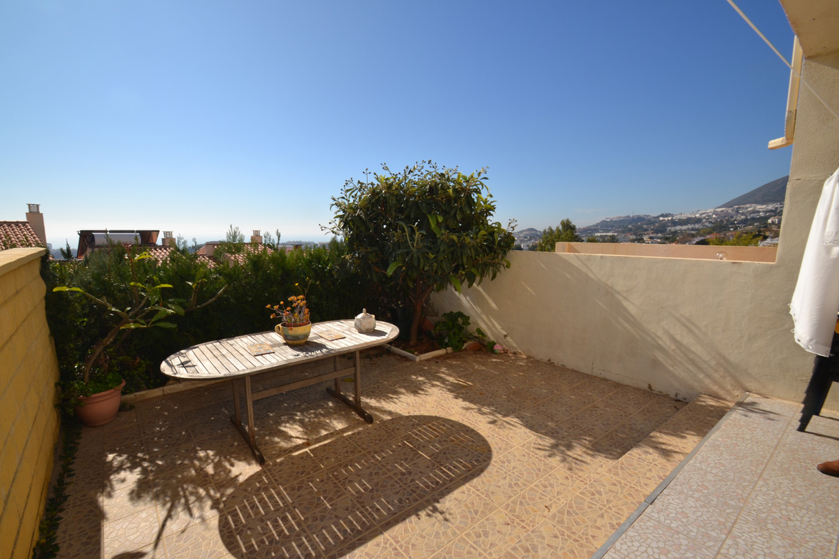 Townhouse of 3 + 2 bedrooms in Arroyo de la Miel. The house consists of a front porch and on the gro,Spain