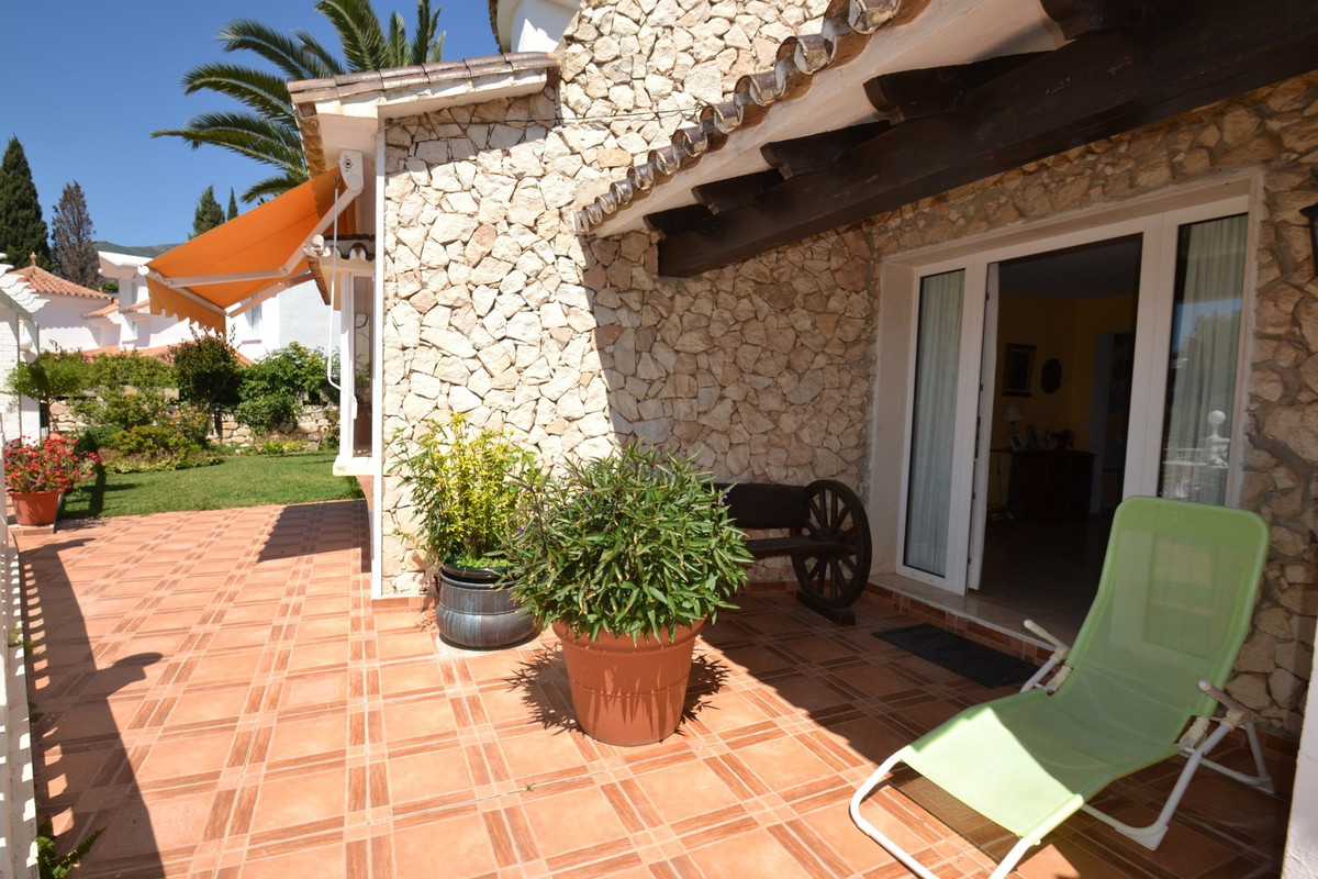 6 bedroom villa for sale benalmadena