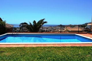 Large villa for sale with wonderful views to the sea from all the rooms, south facing, 4 large doubl, Spain