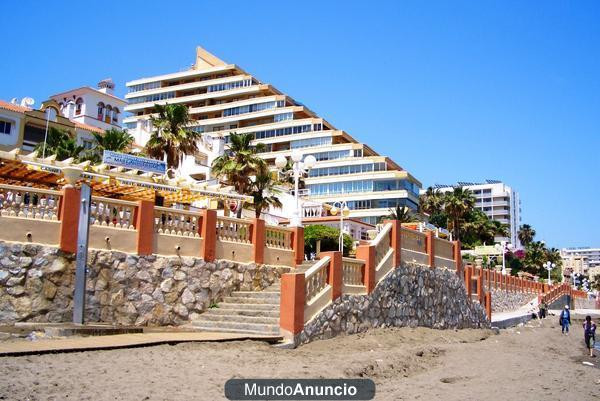 Magnificent apartment with 2 bedrooms in FIRST LINE BEACH in Benalmadena. Located in the Paseo Marit,Spain