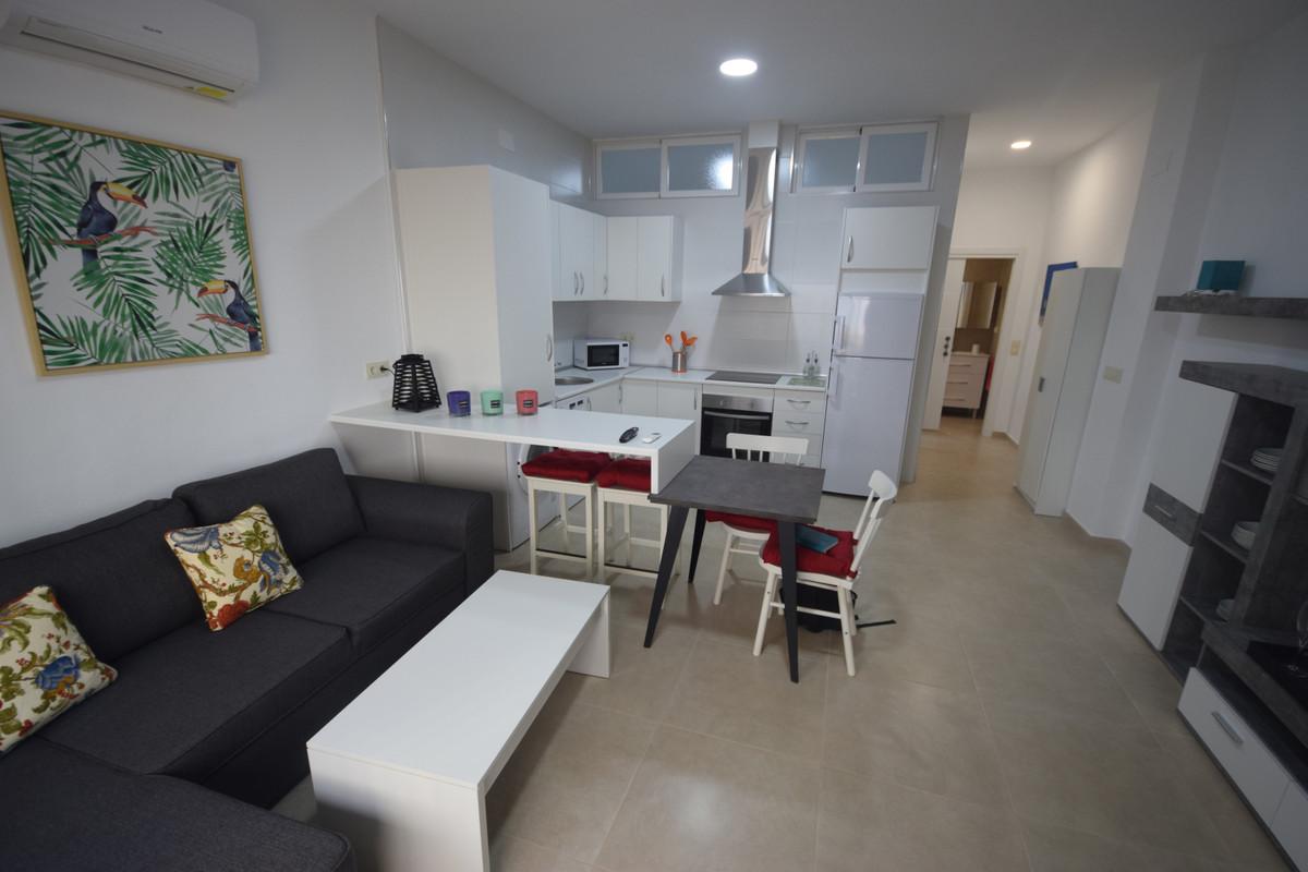 Marbella Banus Apartamento en Venta en Marbella – R3737329