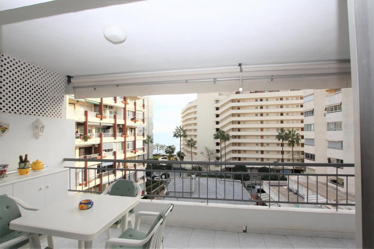 Marbella Banus Apartamento en Venta en Marbella – R3806008
