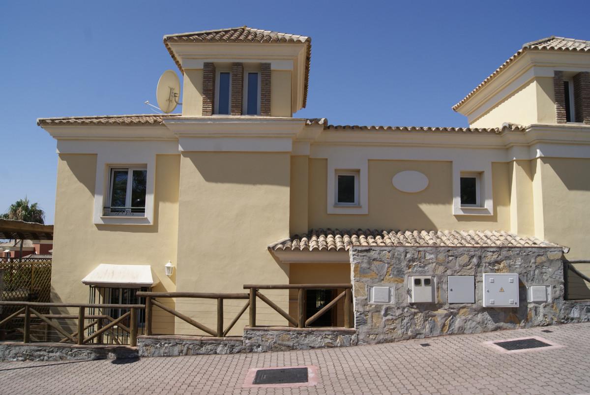 Marbella Banus Pareado zum Verkauf in Marbella – R3884986