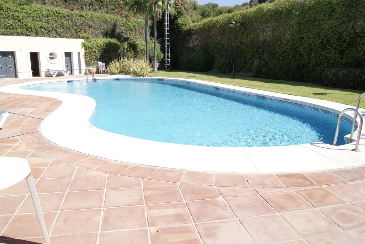 Pareado en Venta en Marbella – R3884986